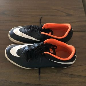 Black Indoor Soccer Nike Men 10.5
